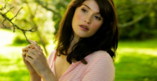 Gemma Arterton tantalizes viewers with Gemma Bovery 'trailer' performance